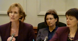 DFL Sen. Sandra Pappas, right, a sponsor of the Women's Economic Security Act, said lawmakers need to encourage the participation of women in the workforce. (Staff photo: Mike Mosedale)